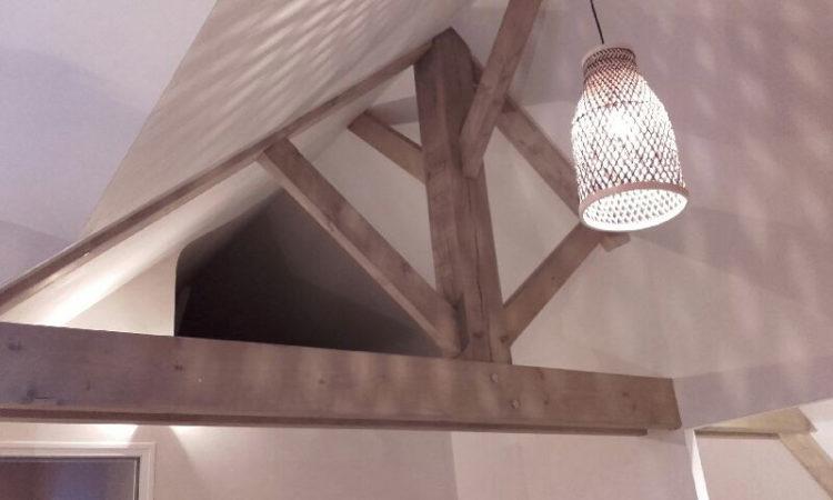 Charpente en bois poutres apparentes réalisée par Anthony Hautbois de Bois et Fer Création