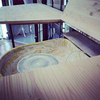 Table de potier en bois et fer réalisée par Anthony Hautbois de Bois et Fer Création